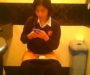 peeping chinese in toilet 3..