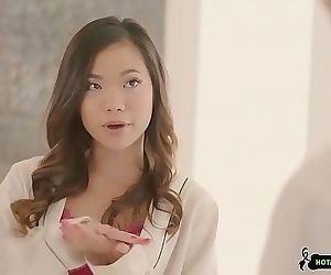 tiny asian massage 6 min 720p